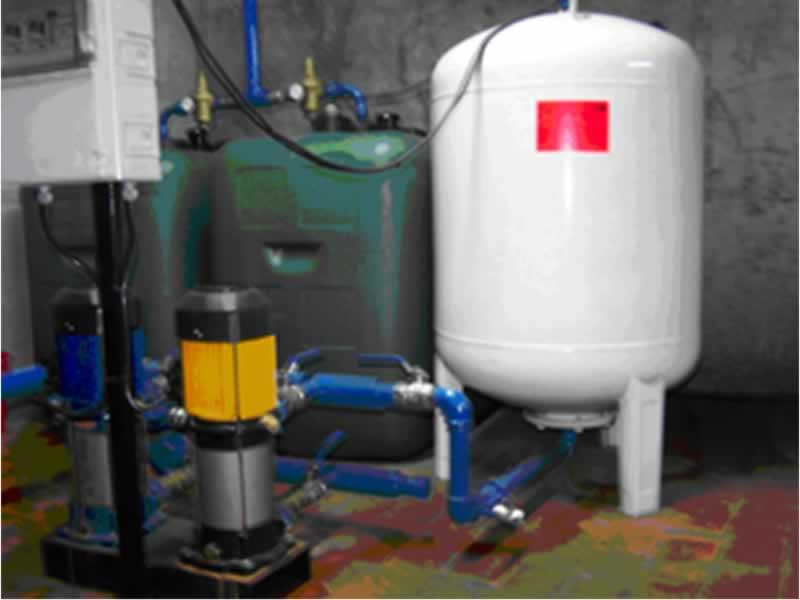 La gesti n recomendaciones sobre los depositos de agua for Grupo de presion de agua para edificios